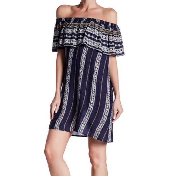 Elan Dresses & Skirts - ELAN | Printed Off The Shoulder Dress | S